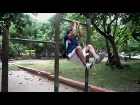 Ejercicio de triseries con barras o dominadas youtube - Barras de ejercicio para casa ...