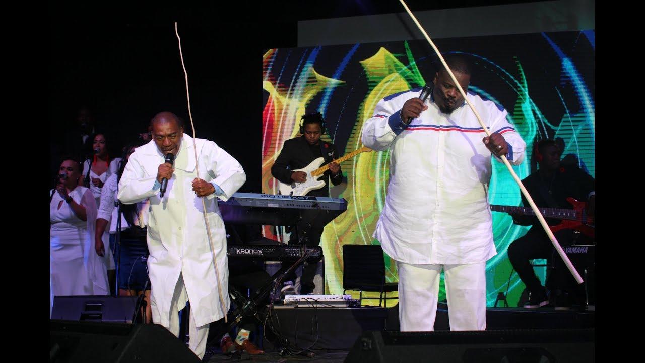 Sipho Ngwenya feat Bab'Mbatha- Ebukhoneni Benkosi