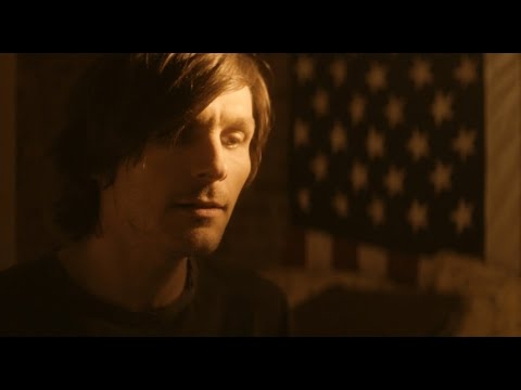 "Charlie Worsham Chronicles The Frustrations Of Chasing A Dream In New ""Fist Through This Town"""