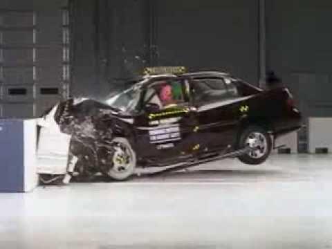Crash Test 1997  2005 Chevrolet Malibu  Classic  1997  1999