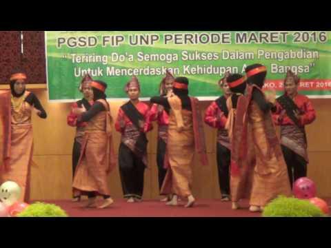 Tari nusantara PPGT Padang basko Mall ( Aceh vs Batak)