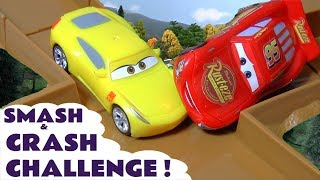 Disney Cars Toys McQueen Cars 3 Smash & Crash Challenge Racing with Hot Wheels Car for kids TT4U