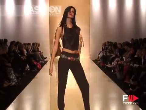 """Clips"" Spring Summer 2003 Milan 1 of 3 Pret a Porter Woman by FashionChannel"