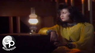Mega Mustika - Bulan (Official Music Video)