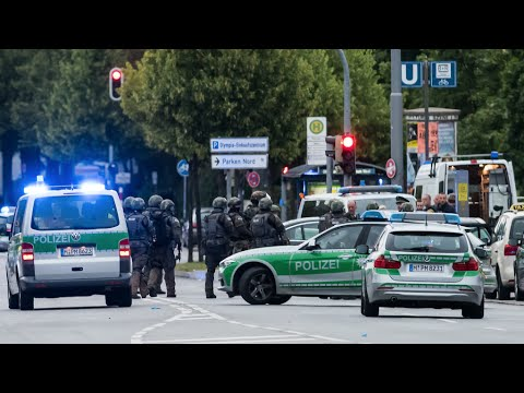 German Police Search for Shooters After 6 Killed in Munich