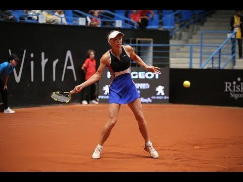 Caroline Wozniacki | 2018 Istanbul Day 2 | Shot of the Day