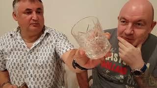 Как выбрать стаканы (бокалы) для виски: есть ли разница в форме