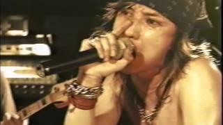 ビデオ「1997.10.31 LIVE AT 新宿LOFT」より.