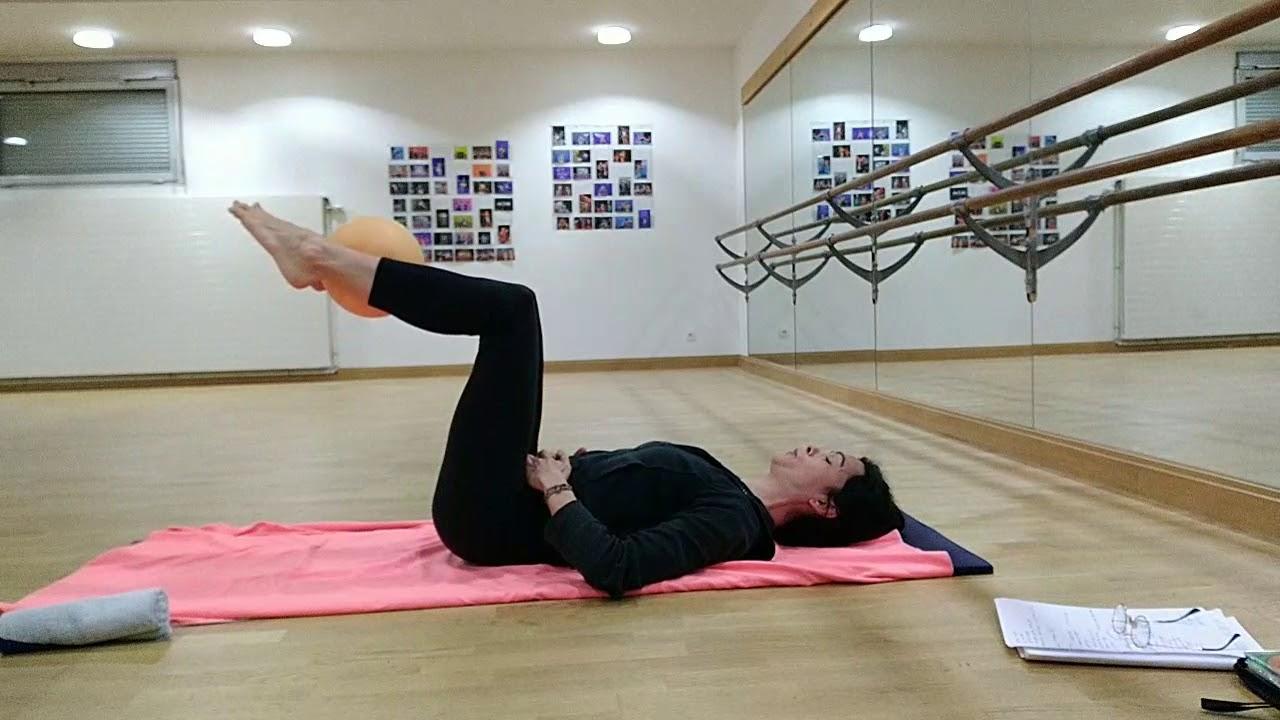 Pilates avec petit ballon : Séverine