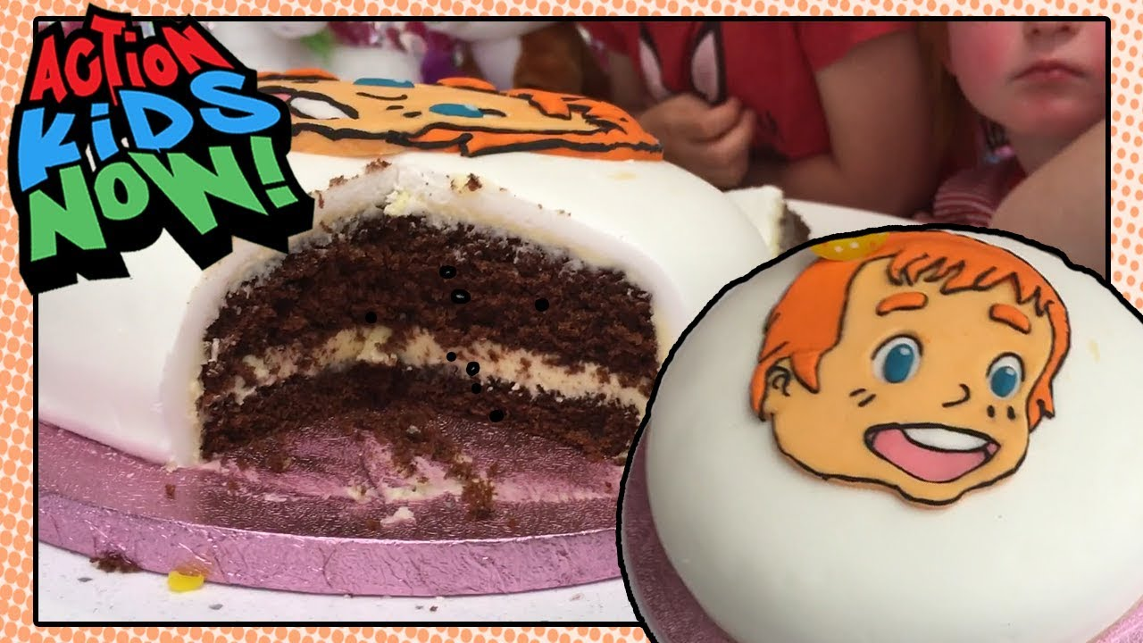 Jennifers Birthday Cake Anime Cake Youtube
