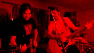 Radio Diablo - Over and Over (ensayo)