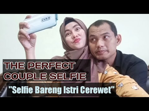 when-talkative-wife-and-quiet-husband-take-a-selfie