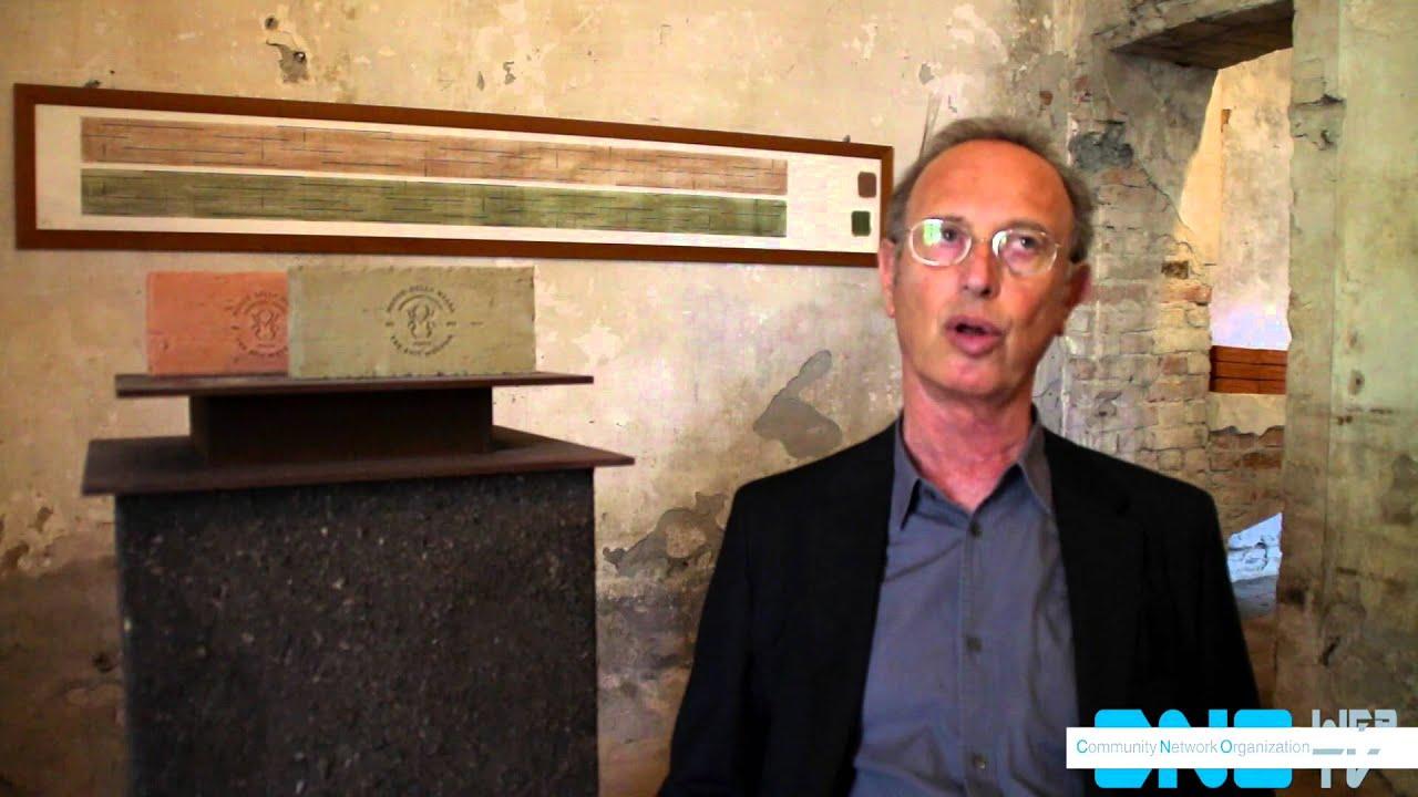 Nel piacentino apre il museo della merda youtube for Il museo della merda