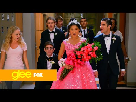Glee hey jude full performance (Hd)