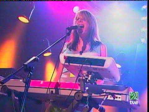 Le Tigre - Deceptacon (live conciertos de radio3 - 2005)