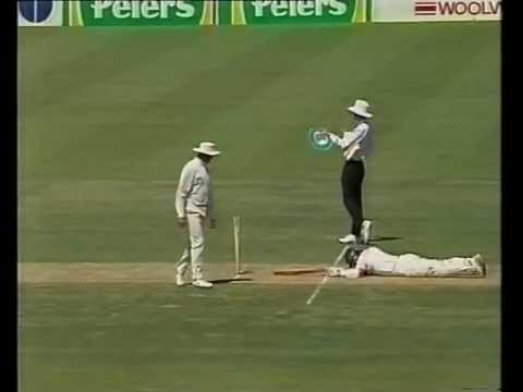 Steve Waugh vs Mark Waugh, when twin brothers fail