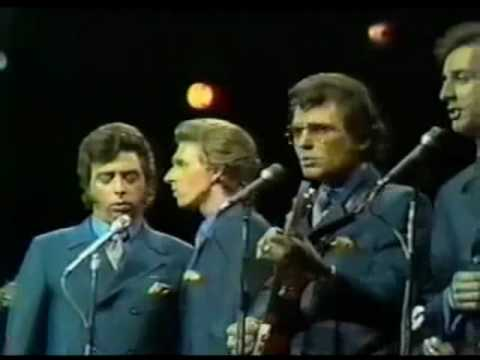 Клип The Statler Brothers - New York City