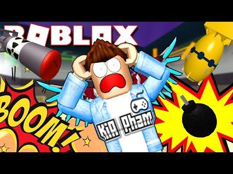 Roblox   CHẠY XOẮN ĐÍT KHỎI CƠN MƯA BOM - Super Bomb Survival   KiA Phạm