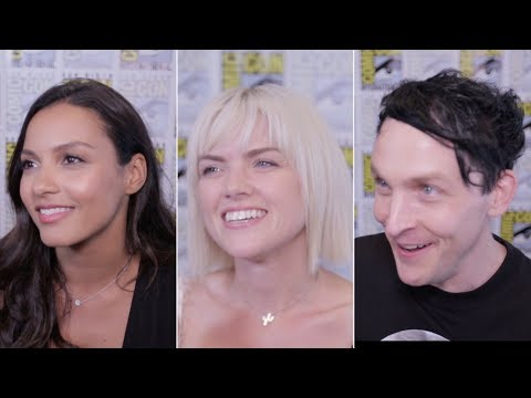 "The cast of Gotham plays ""Fuck, Marry, Kill"" with Batman's classic villains"