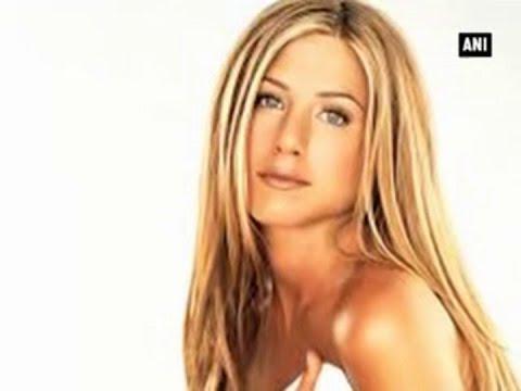 Jennifer Aniston denies cheating on Brad Pitt with Matt LeBlanc