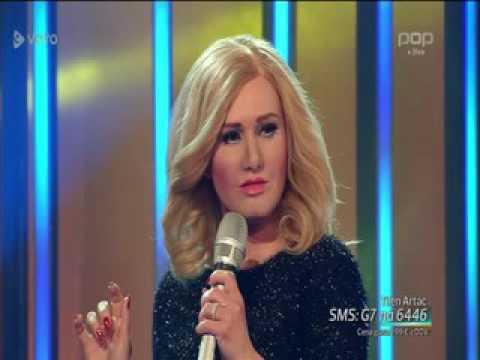 Nuša Derenda (Tilen Arta?) kot Adele - Hello