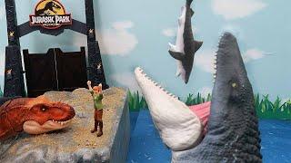 Dinosaur Movie - Jurassic World 2 Best Scene. Mosasaurus Eat Shark