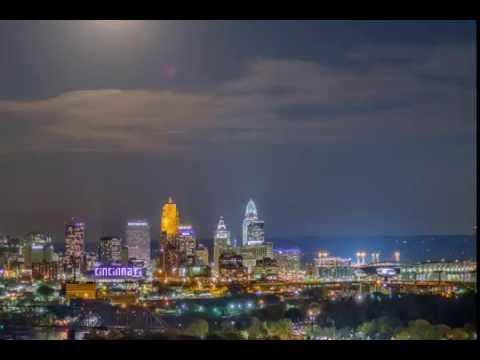 Cincinnati Supermoon 2016 - Cincinnati Night Skyline