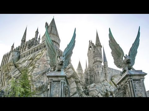 Walk Through The Wizarding World Of Harry Potter At Universal Studios Hollywood