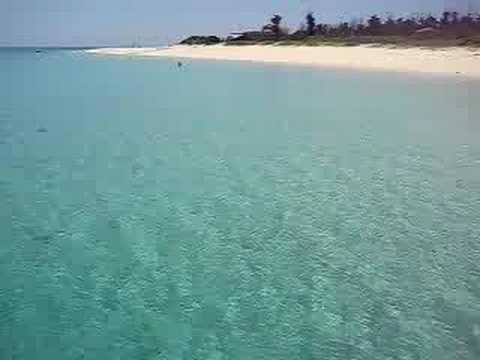 宮古島で最もメジャーなビーチ「与那覇前浜」