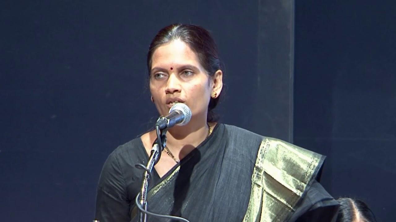 Dr Bharti Pawar speaking in MISSION SAVE THE CONSTITUTION Yashwantrao  Chavan Pratishthan, Mumbai - YouTube