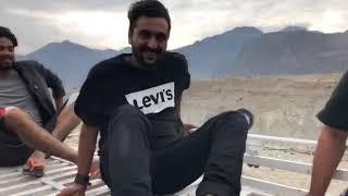 Raza Samo(Khujlee Family) over the bus roof (EaglesAdventures)