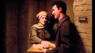 ER ''Emergency Room'' season 1 - John and Susan allmost kiss