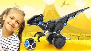 Распаковываем игрушку робот Динозавр MiPosaur - Обзор вместе с Ренатой