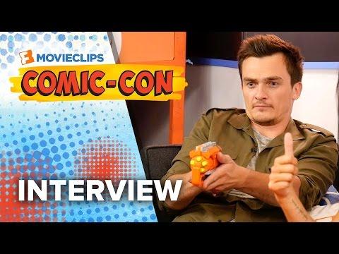 Rupert Friend & Hannah Ware 'Hitman: Agent 47' Exclusive Interview - Comic-Con (2015) HD