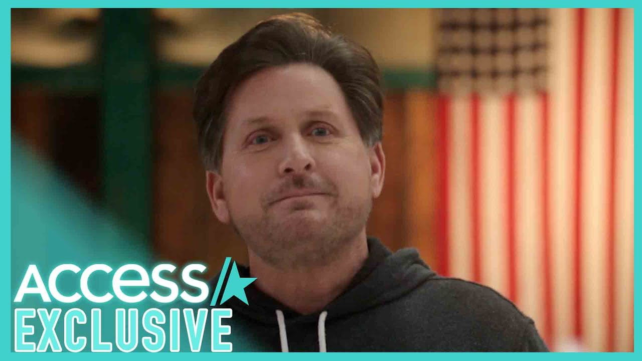 'The Mighty Ducks: Game Changers': Gordon Bombay Gives A Skating Lesson