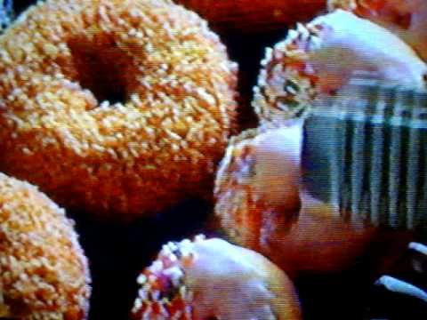 Old Dunkin Donuts commercial - YouTube