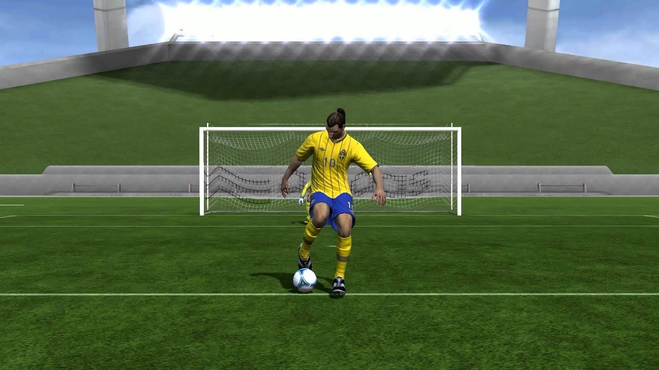 Fifa 13  Zlatan Ibrahimovic Overhead Bicycle Kick  YouTube