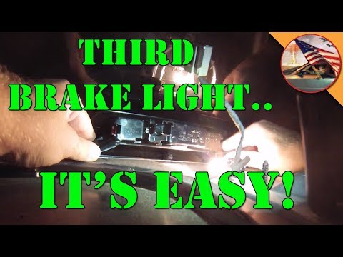 Chrysler 300 Third Brake Light Replacement