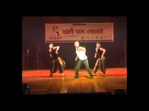 Charecter Dhila Hai (Neeraj, Shridhar & Amrita Kak)