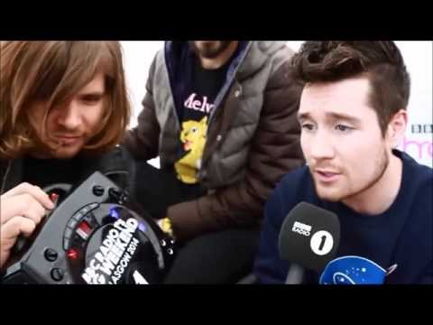 Dan Smith (Bastille) singing Rather Be feat. Clean Bandit & Jess Glynne