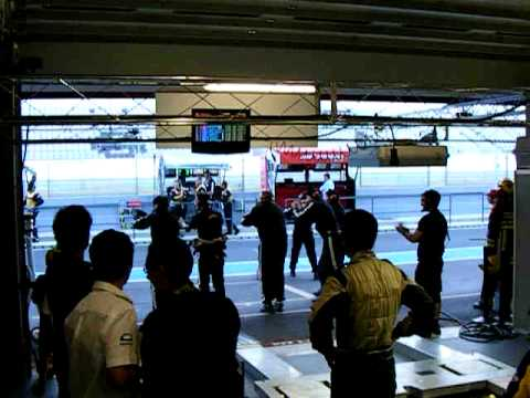 1000Km do Algarve: Olivier Pla chega à box após conquistar a pole-position LMP2