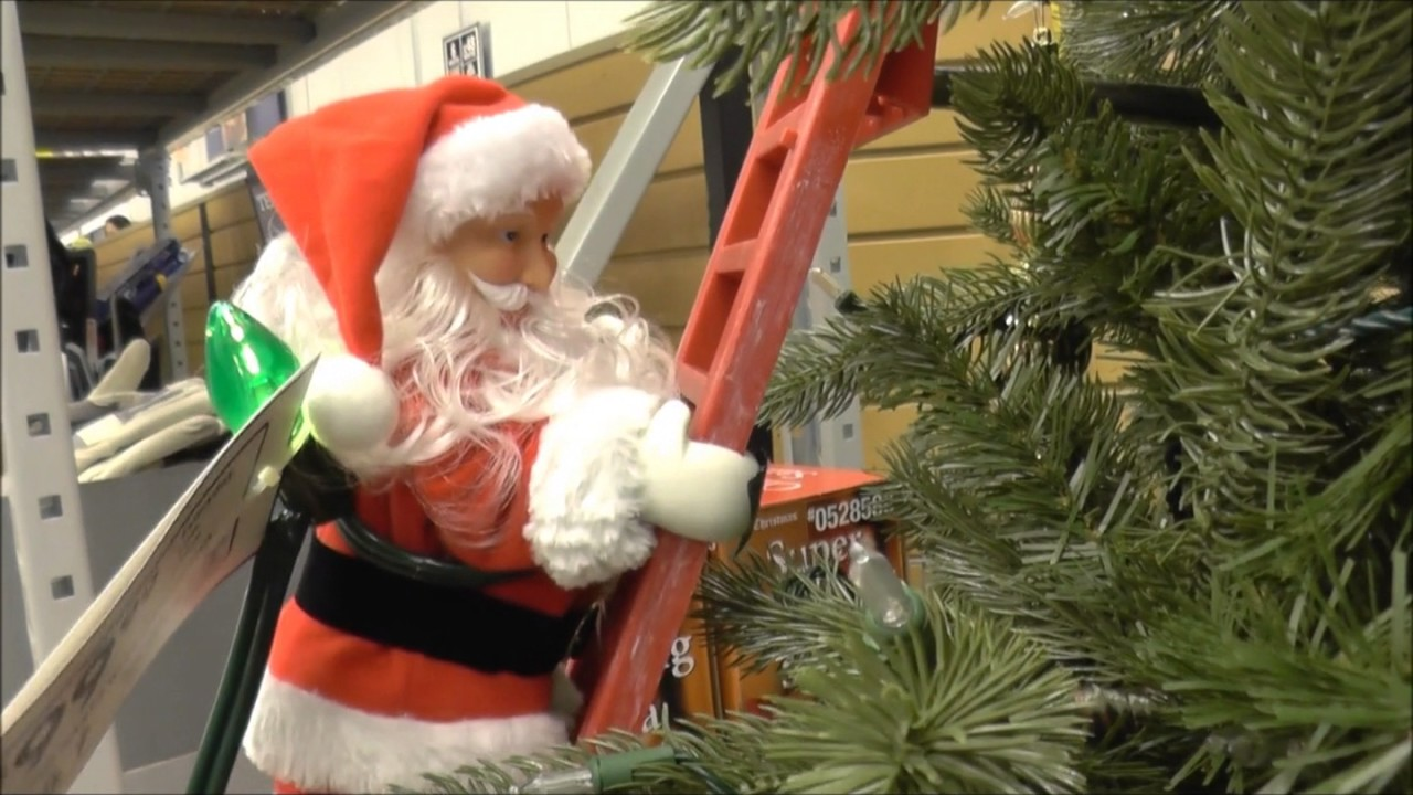 Is Lowes Open On Christmas Day.2016 Lowe S Christmas Display Super Climbing Santa Finding Dory Minions