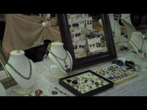 The Downtown Market in Asheville North Carolina - Shopping, Flea Market, Food and more