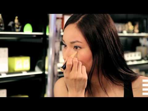 Comment rafraîchir votre make-up au travail ?