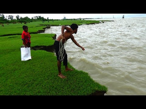 Cast Net Fishing at sea with beautiful natural | Sea Fishing by #Daily Village Life