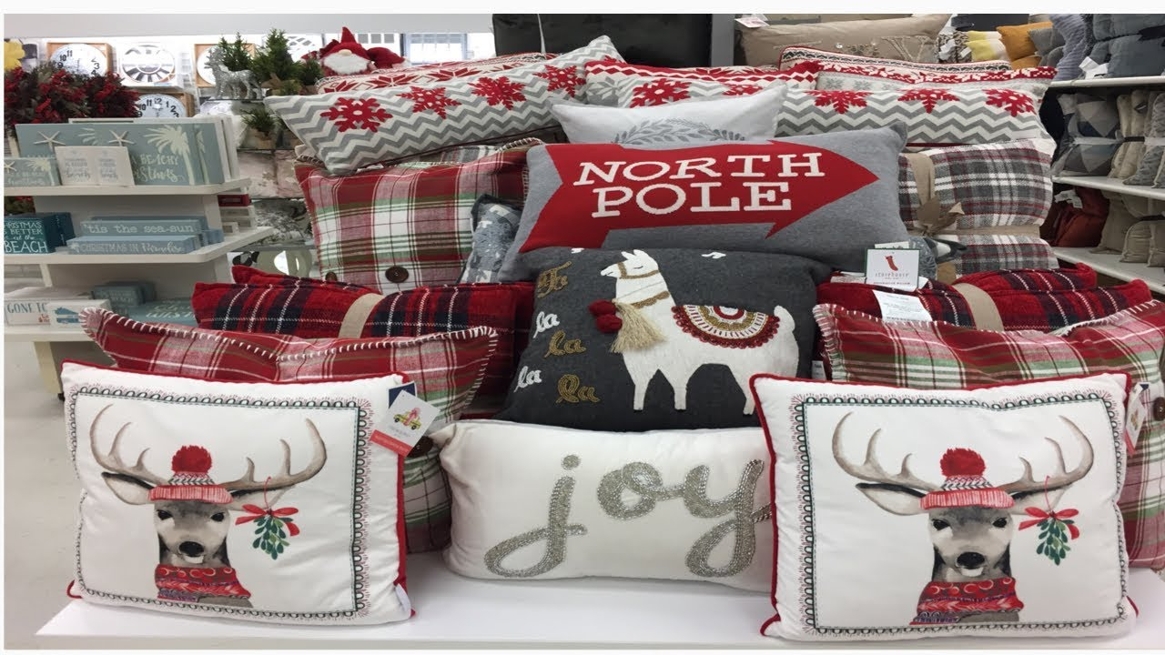SHOP WITH ME! Christmas Throw Pillows Galore at MARSHALLS - YouTube 7f39f4763
