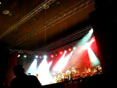 The BossHoss - Have love will travel (Live in Essen 2009)