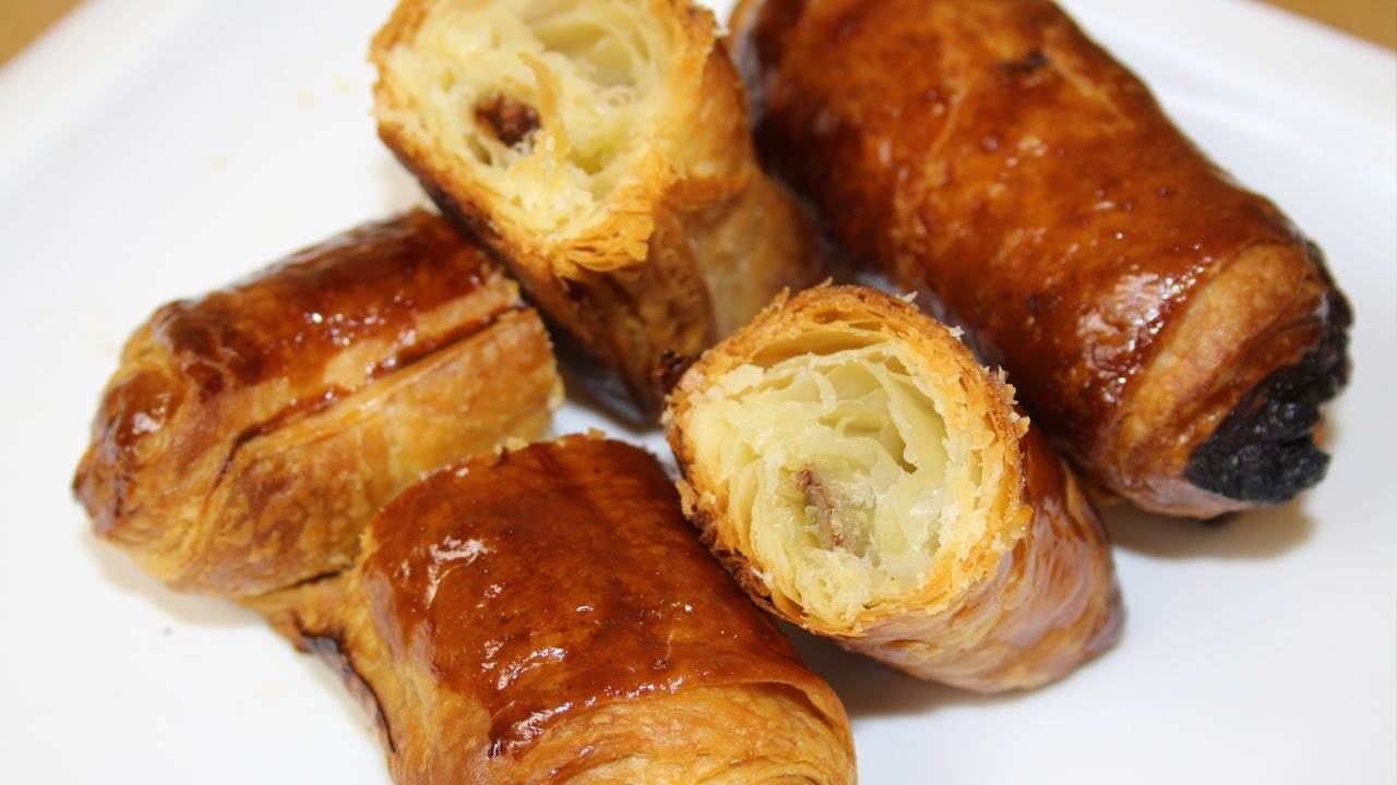 Comment faire des petits pains au chocolat | FastGoodCuisine - YouTube