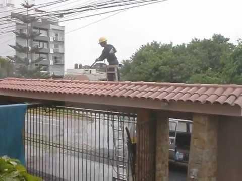 Limpieza tejas mansercom sac 220 8875 995 057 948 youtube for Techos de tejas para patios exteriores