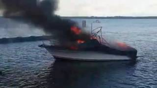 Boat Bursts Into Flames at Gold Coast Marina